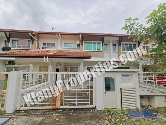 Terrace For Sale in Bayuemas, Klang Freehold Unfurnished 4R/3B 620k