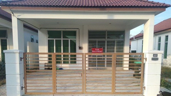 Semi-Detached For Sale in Taman Rusa, Alor Setar Freehold Unfurnished 3R/2B 360k