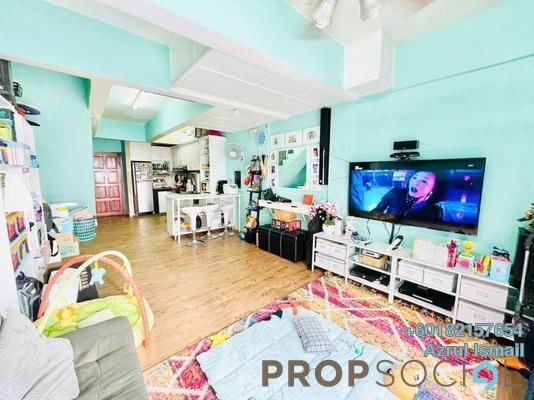 Apartment For Sale in Casmaria Apartment, Batu Caves Freehold Semi Furnished 3R/2B 285k