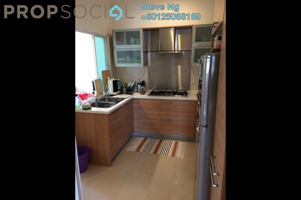 Condominium For Sale in Desa Impiana, Puchong Freehold Unfurnished 3R/2B 360k
