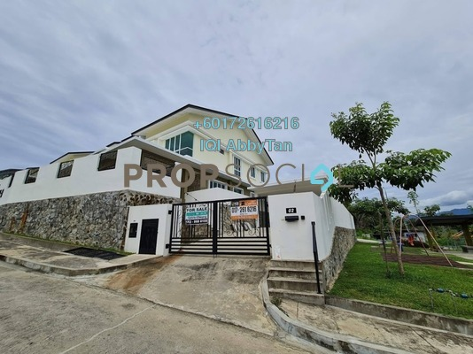 Semi-Detached For Sale in Vistana Heights, Kota Kinabalu Leasehold Unfurnished 4R/5B 2.28m