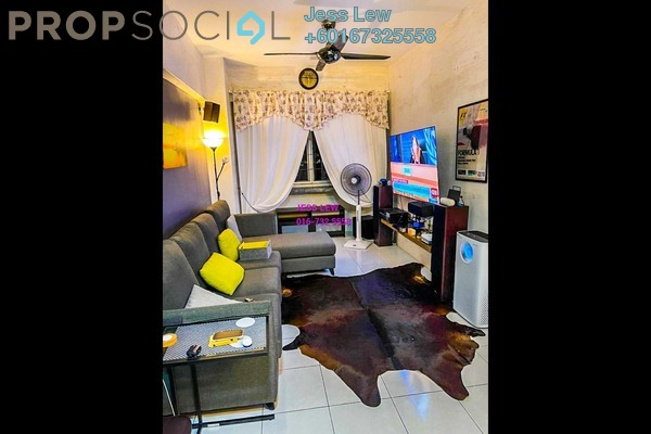Serviced Residence For Sale in Main Place Residence, UEP Subang Jaya Freehold Semi Furnished 3R/2B 490k