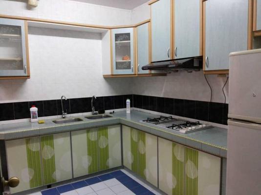 Condominium For Sale in Endah Regal, Sri Petaling Freehold Fully Furnished 3R/2B 350k