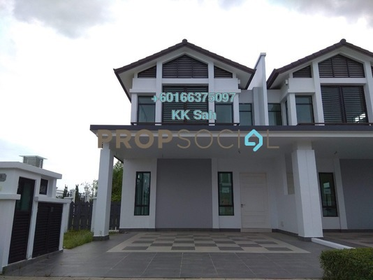 Semi-Detached For Sale in Eco Majestic, Semenyih Freehold Semi Furnished 6R/5B 1.2m