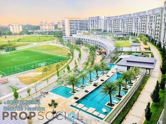 Serviced Residence For Sale in Radia Residences, Bukit Jelutong Freehold Semi Furnished 2R/2B 570k