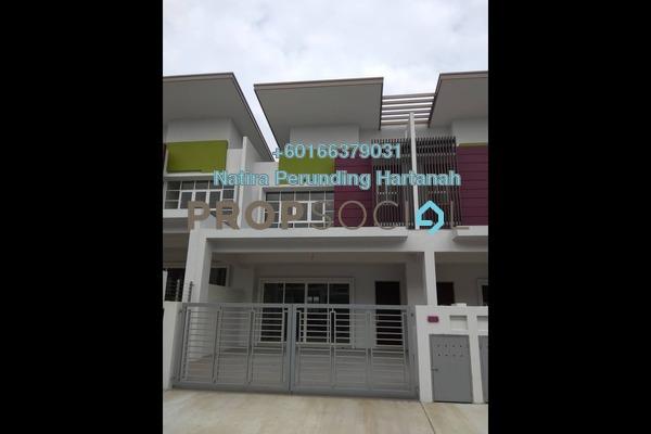 Terrace For Sale in Semanja, Kajang Freehold Semi Furnished 4R/3B 800k