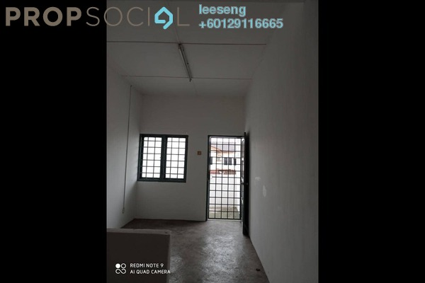 Terrace For Sale in Taman Klang Utama, Klang Freehold Unfurnished 3R/2B 379k