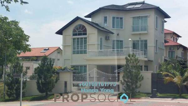 Bungalow For Sale in Subang Heights West, Subang Jaya Freehold Semi Furnished 6R/7B 3m