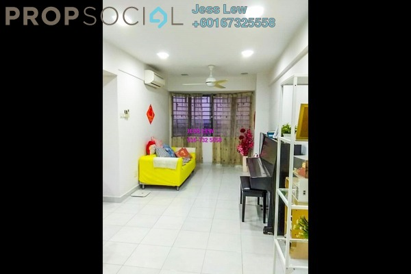 Serviced Residence For Sale in Main Place Residence, UEP Subang Jaya Freehold Semi Furnished 2R/1B 400k