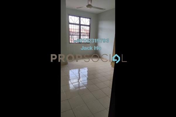 Apartment For Rent in Seri Pinang Apartment, Seri Kembangan Freehold Unfurnished 3R/1B 1k