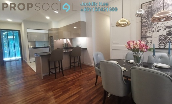Condominium For Sale in The Como, Bukit Jalil Freehold Semi Furnished 2R/2B 625k