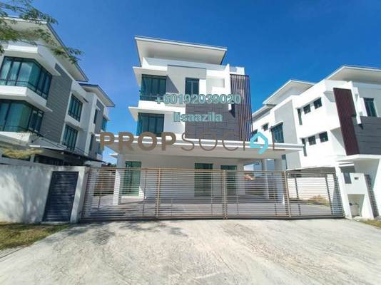 Bungalow For Sale in Lambaian Residence, Bangi Freehold Semi Furnished 8R/8B 1.89m