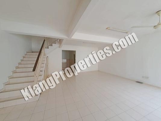 Terrace For Rent in Bandar Bukit Tinggi 1, Klang Freehold Unfurnished 5R/4B 1.6k