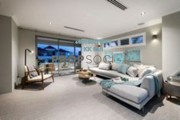 Condominium For Sale in Jalan Equine, Equine Park Freehold Unfurnished 2R/1B 228k