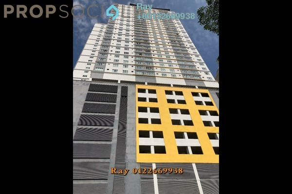 Condominium For Sale in Casa Residenza, Kota Damansara Freehold Semi Furnished 3R/2B 365k