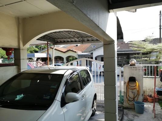 Terrace For Sale in SD11, Bandar Sri Damansara Freehold Semi Furnished 3R/2B 670k