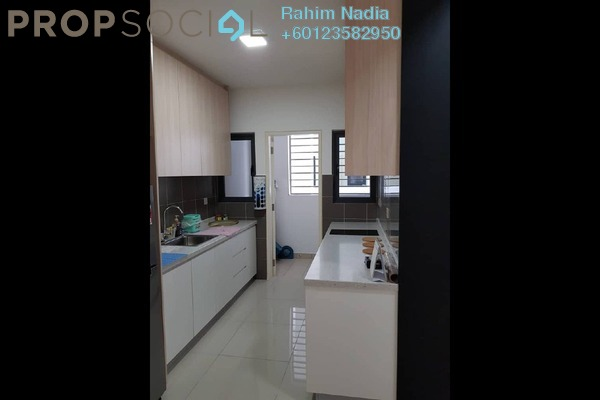 Condominium For Sale in Lakeville Residence, Jalan Ipoh Freehold Semi Furnished 3R/2B 620k