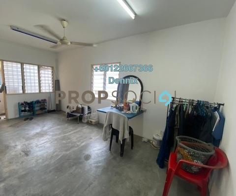 Apartment For Sale in Seri Jati Apartment, Bandar Puteri Puchong Freehold Unfurnished 3R/2B 150k