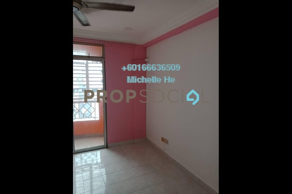 Apartment For Sale in Bayu Puteri 2, Johor Bahru Freehold Semi Furnished 3R/2B 255k