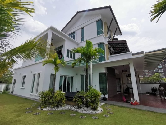 Semi-Detached For Sale in Casa Residence, Bandar Mahkota Cheras Freehold Fully Furnished 7R/5B 1.6m
