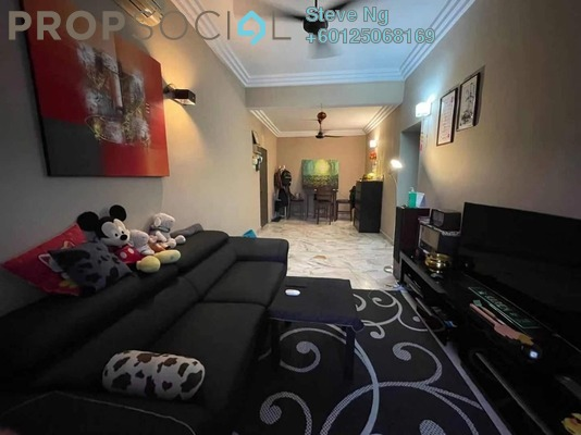 Condominium For Sale in Casa Mila, Selayang Freehold Semi Furnished 3R/2B 300k