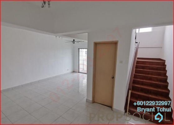 Condominium For Sale in Arena Green, Bukit Jalil Freehold Semi Furnished 4R/3B 515k