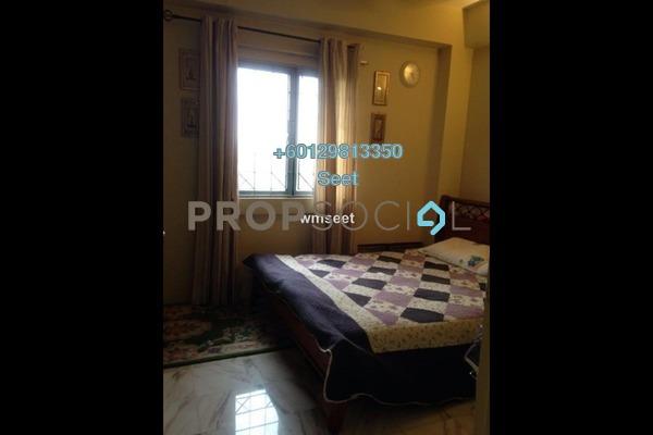 Condominium For Sale in Jasmine Towers, Petaling Jaya Freehold Semi Furnished 3R/2B 680k
