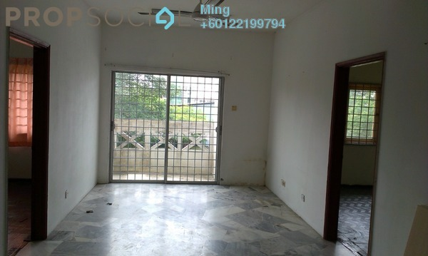 Apartment For Rent in Beringin Apartment, Bandar Puteri Puchong Freehold Unfurnished 3R/2B 700translationmissing:en.pricing.unit