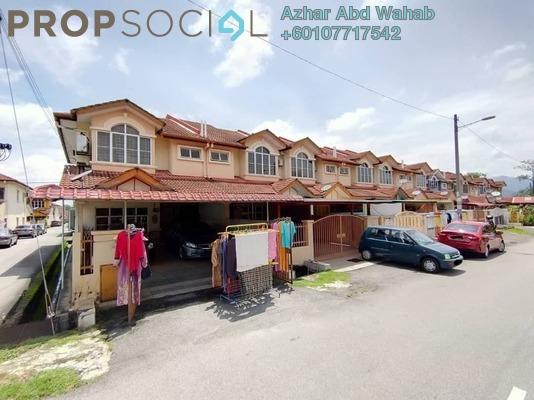 Terrace For Sale in Taman Pelangi Semenyih, Semenyih Freehold Unfurnished 4R/1B 440k