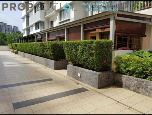 Condominium For Sale in Koi Kinrara, Bandar Puchong Jaya Freehold Semi Furnished 3R/2B 410k