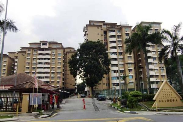 Condominium For Sale in Sri Desa, Kuchai Lama Freehold Semi Furnished 3R/2B 405k