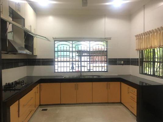Terrace For Rent in Happy Garden, Old Klang Road Freehold Semi Furnished 5R/4B 3.8k