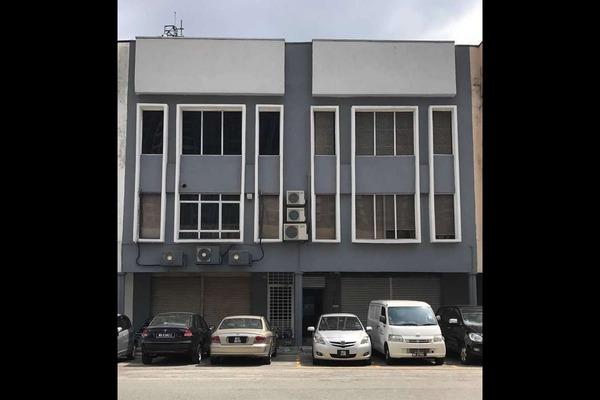 Shop For Sale in Bukit Jalil Light Integrated Business Park, Bukit Jalil Freehold Semi Furnished 1R/3B 2.3m
