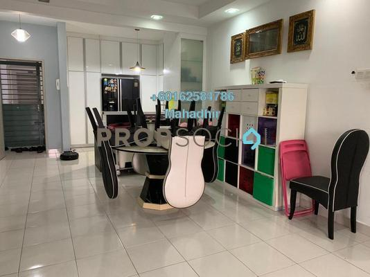 Condominium For Sale in Villa Laman Tasik, Bandar Sri Permaisuri Freehold Semi Furnished 3R/3B 515k