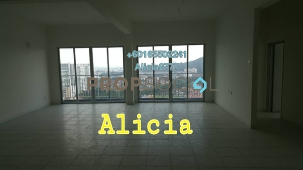 Townhouse For Sale in The Golden Triangle, Relau Freehold Unfurnished 6R/4B 899k