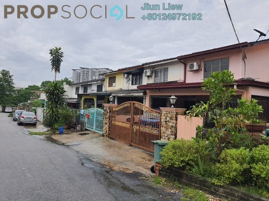 Terrace For Sale in Taman Castlefield, Sungai Besi Freehold Unfurnished 2R/1B 335k