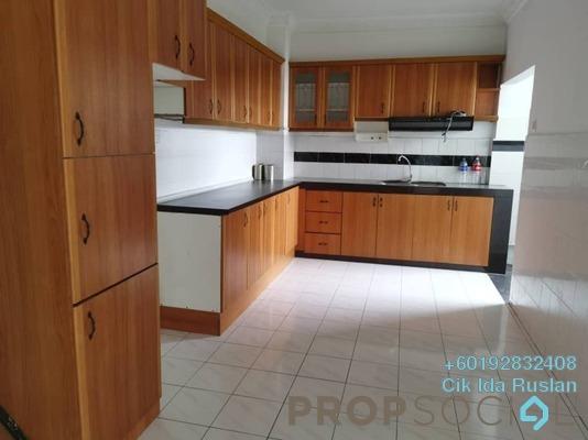 Apartment For Sale in Bukit Awansari, Old Klang Road Freehold Semi Furnished 3R/2B 365k