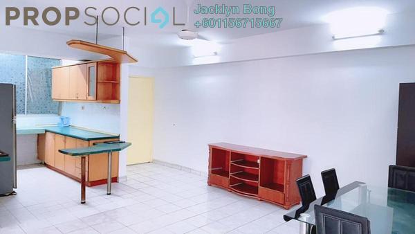 Condominium For Sale in Kelana D'Putera, Kelana Jaya Freehold Semi Furnished 3R/2B 399k