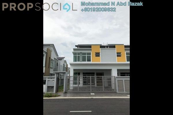 Semi-Detached For Sale in Kota Kemuning Hills, Kota Kemuning Freehold Unfurnished 4R/4B 975k