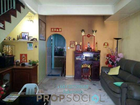 Terrace For Sale in Taman Bukit Desa, Kepong Freehold Semi Furnished 3R/2B 455k