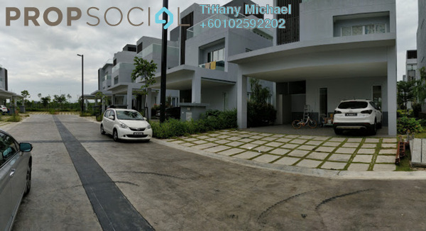 Bungalow For Sale in LakeFront Villa, Cyberjaya Freehold Semi Furnished 5R/5B 1.9m