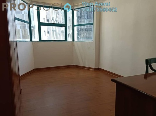 Condominium For Sale in D'Mayang, KLCC Freehold Semi Furnished 2R/2B 980k
