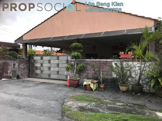 Bungalow For Sale in Ampang Jaya, Ampang Freehold Fully Furnished 4R/2B 1.89m
