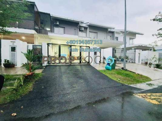 Terrace For Sale in TTDI Grove, Kajang Freehold Semi Furnished 4R/3B 670k