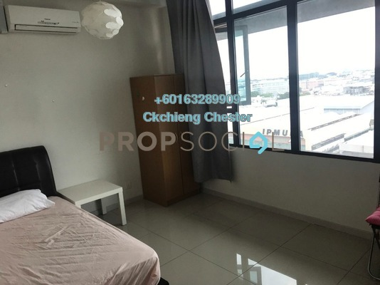 Serviced Residence For Rent in Centrestage, Petaling Jaya Freehold Semi Furnished 2R/1B 1.2k
