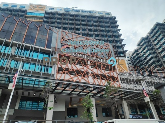 Serviced Residence For Sale in Centrestage, Petaling Jaya Freehold Semi Furnished 1R/1B 255k