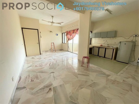 Apartment For Rent in Goodyear Court 5, UEP Subang Jaya Freehold Semi Furnished 3R/2B 1k