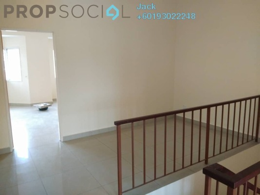 Terrace For Rent in Taman Sri Putra Mas, Sungai Buloh Freehold Semi Furnished 4R/3B 1.2k