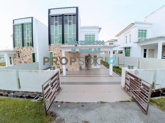 Semi-Detached For Sale in Taman Bukit Tropika, Ulu Tiram Freehold Semi Furnished 5R/3B 575k