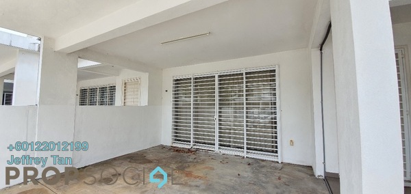 Terrace For Sale in TTDI Grove, Kajang Freehold Semi Furnished 4R/3B 598k
